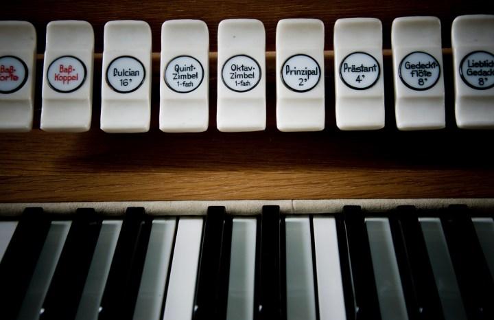Islandia-detalle-organo-de-iglesia-sonsoles-lozano-1