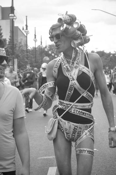 Gay parade_Beer rulosweb