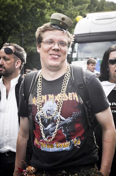 Gay parade_Iron Maiden at the armyweb