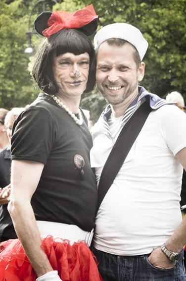 Gay parade_Minie and Donaldweb