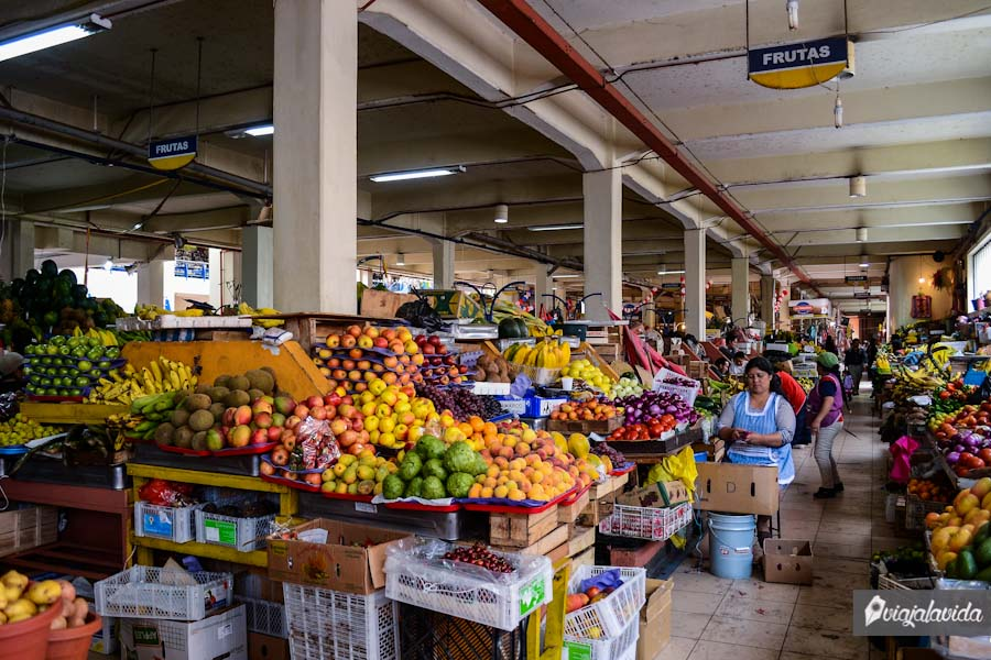 Mercado 10 de Agosto.