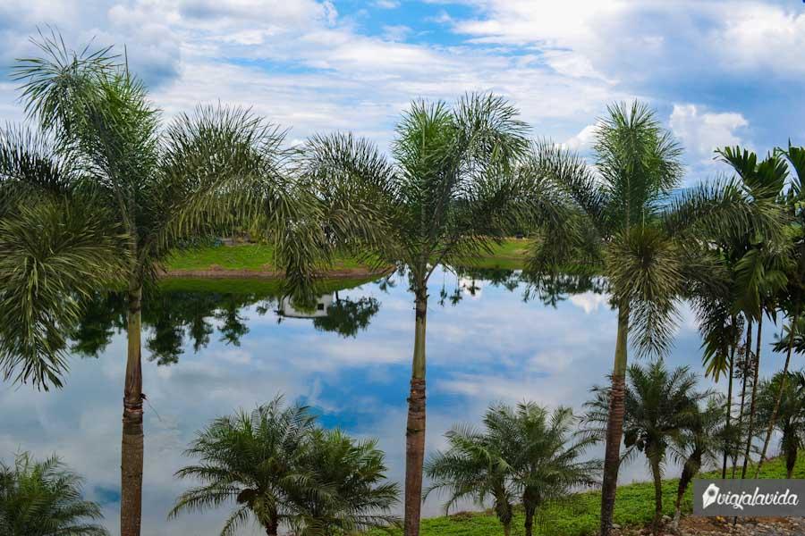 Espejo del cielo, una laguna ideal para pasear
