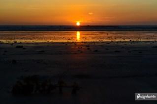 Contemplando la puesta de sol.