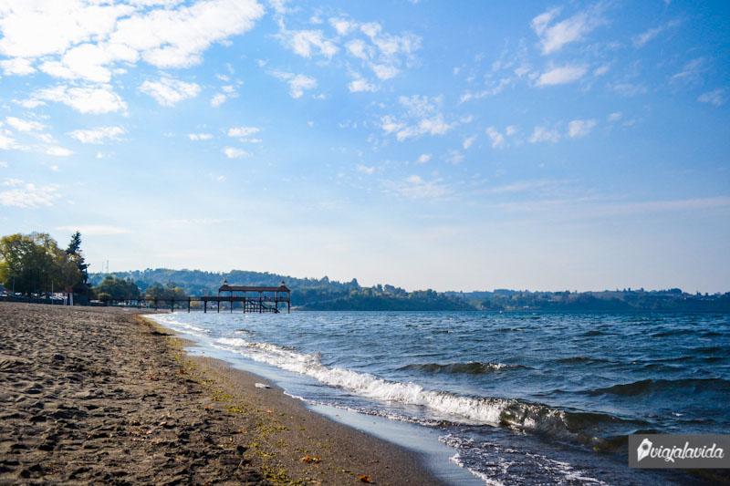 Playa en Frutillar.