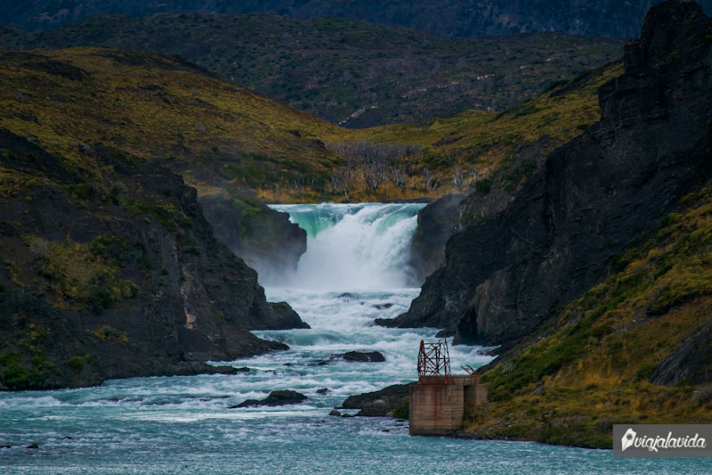 Cascadas en Torres del Paine.