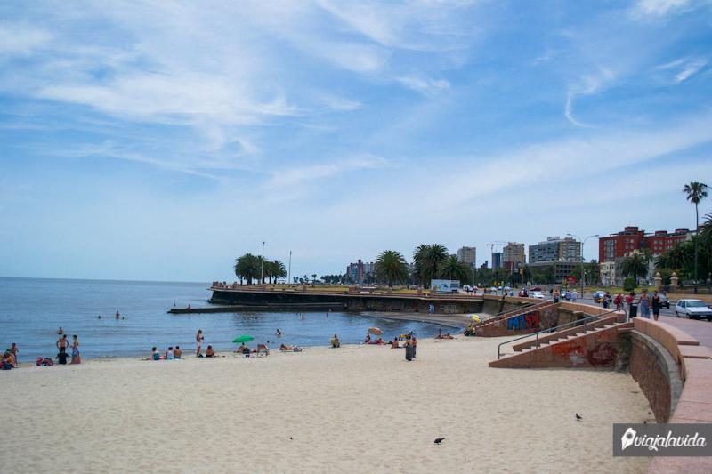 Playa en Montevideo.