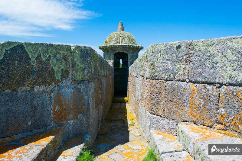 Torres de la fortaleza de Santa Teresa.