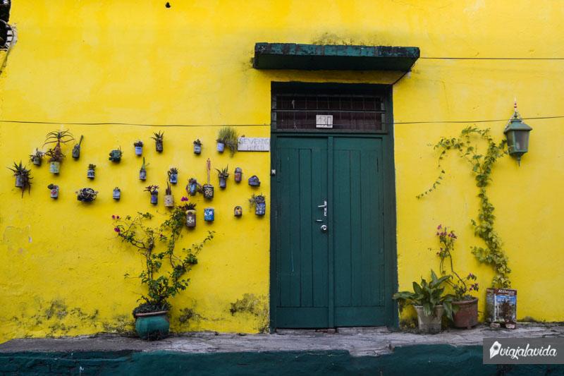 Casa colorida en Loma San Jerónimo.