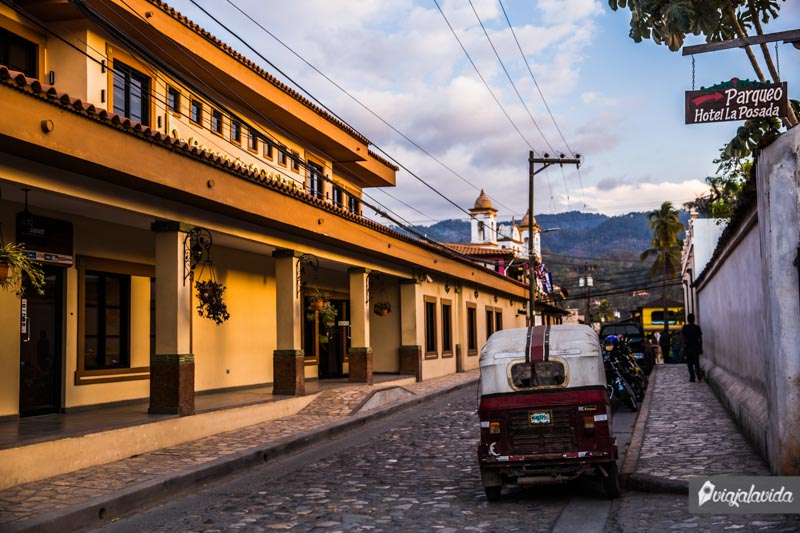 Calles de Copán Ruinas.