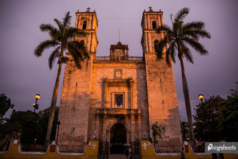 Iglesia de San Servacio al atardecer.