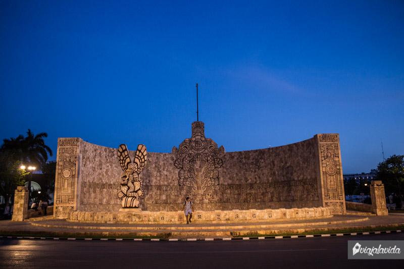 Monumento a la Patria (o a la Bandera).