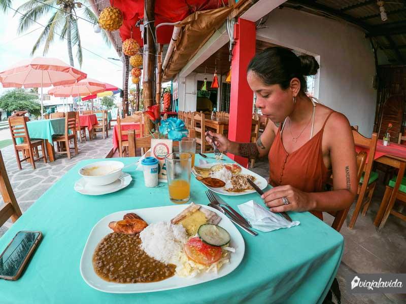 Dónde comer en la isla Isabela