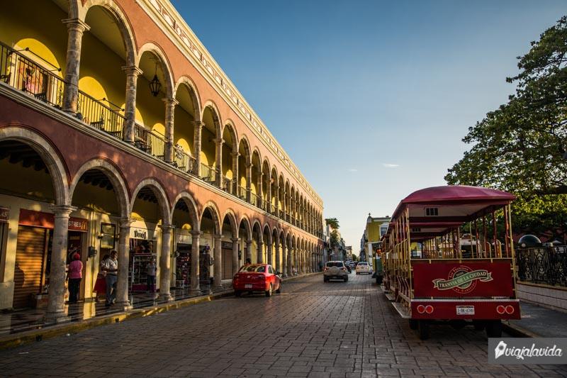 Calles del Parque Principal del Centro Histórico de Campeche.
