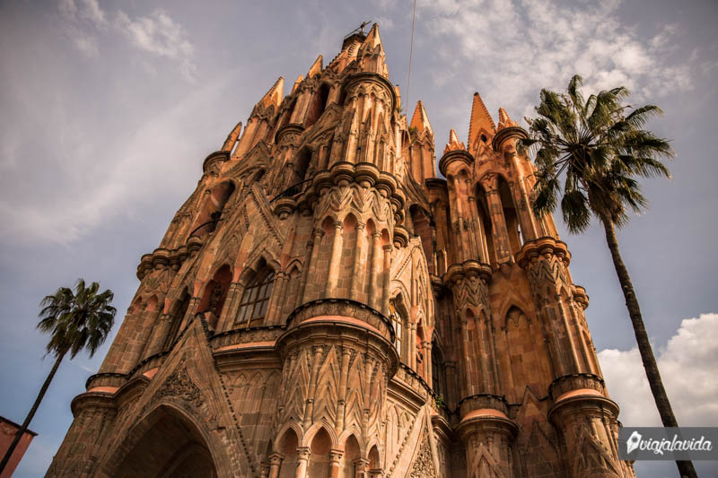 Perspectiva diferente de la Parroquia San Miguel Arcángel