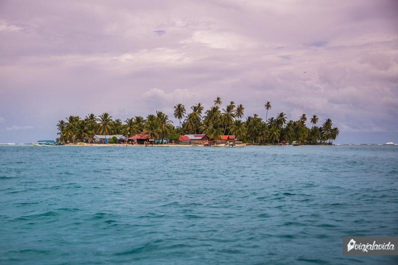Islas paradisíacas en el Archipiélago de San Blas.