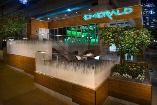 emerald-lounge