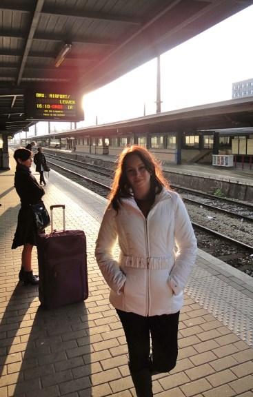 Eu, feliz da vida indo pra Bruxelas!