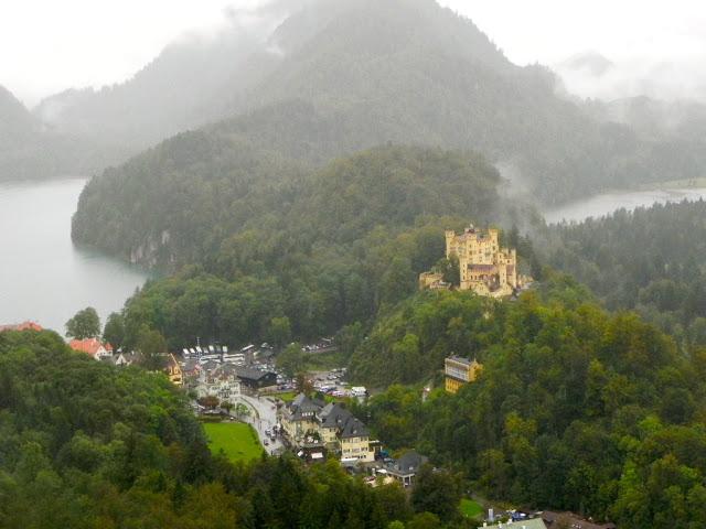 E essa vista linda com o rio entre as montanhas?! (Foto: Iara Vilela)