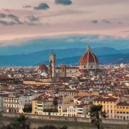 Piazzale Michelangelo e a melhor vista panorâmica de Florença, na Itália