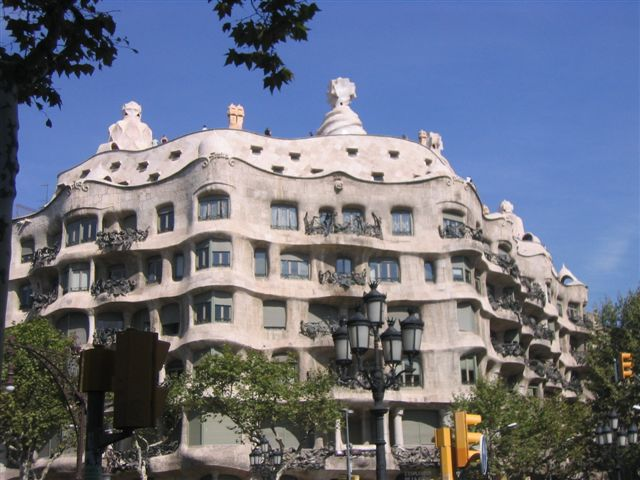 Barcelona_La Pedrera_Viajando bem e barato pela Europa