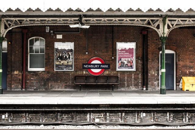 melhor forma de transporte pela Europa_london train_Viajando bem e barato