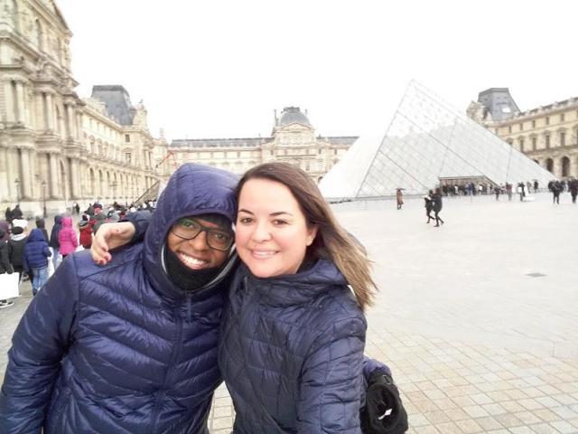 primeira viagem à Europa_Louvre_Viajando bem e barato