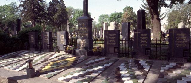 Cemitério também é lugar de visita: conheça o Zentralfriedhof, cemitério de Viena!