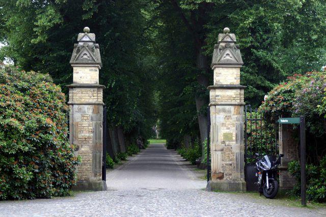 cemiterio-de-viena_portao_viajando-bem-e-barato