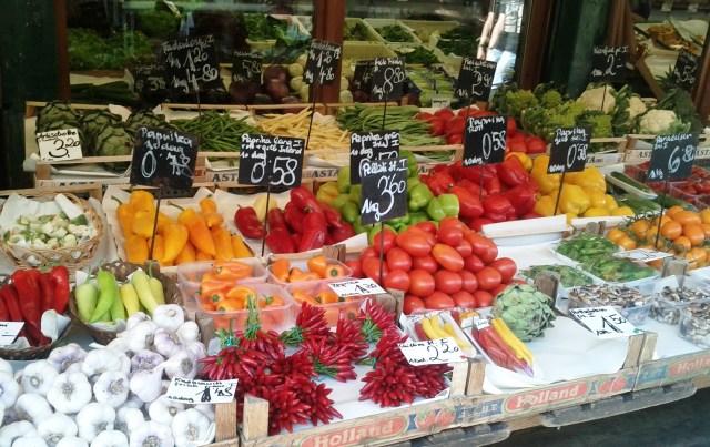Compras em Viena_Naschmarkt_Viajando bem e barato