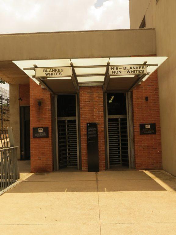 Roteiro para África do Sul e Moçambique_Museu_Viajando bem e barato