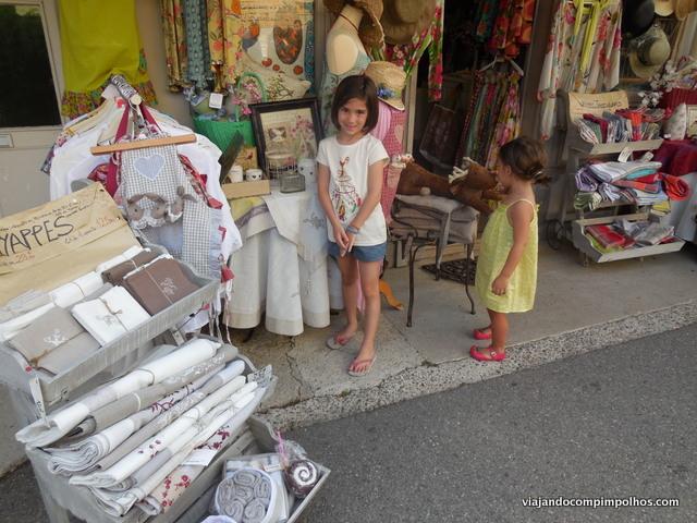 lojas-na-Provence