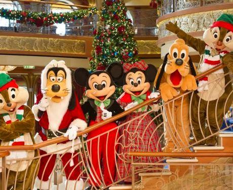 Um fim de ano mágico à bordo dos navios Disney Cruise Line