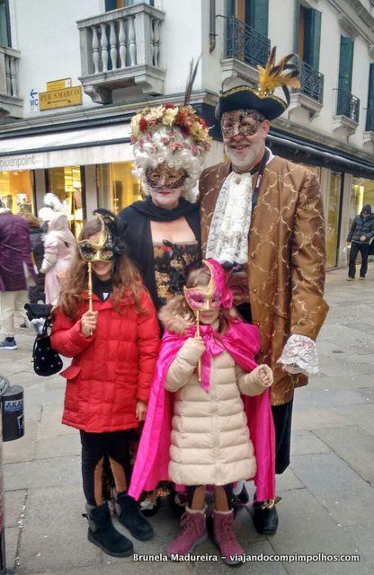 Carnaval-Veneza-com-criancas
