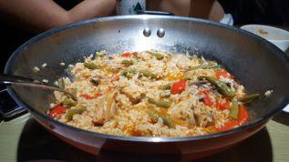 Cocinando en Fraser Residence