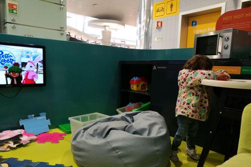 aeropuerto_ponta_delgada_zona_kids1