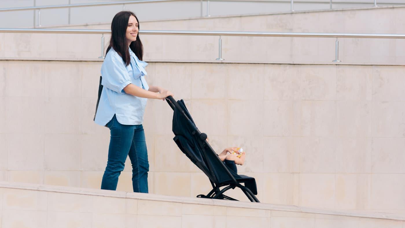 Cochecitos para viajar en avión con bebé
