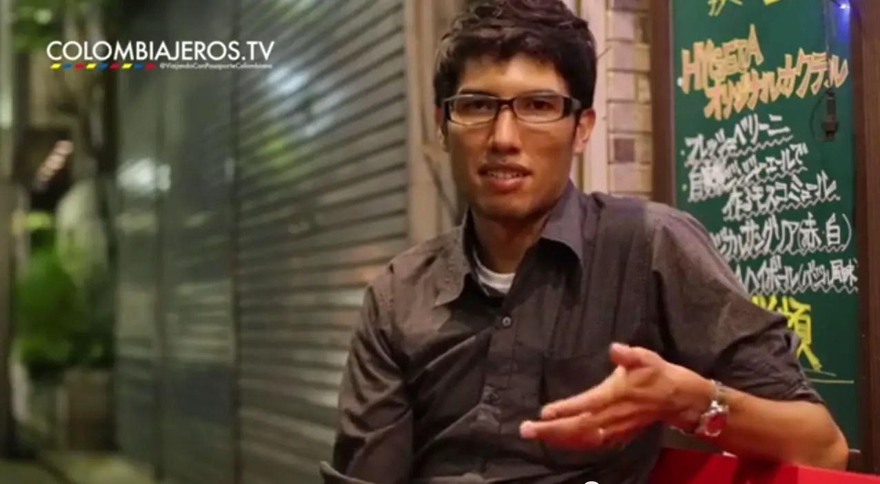 colombiano viviendo en japón gracias a una beca