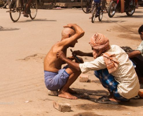 India-mujeres-solas