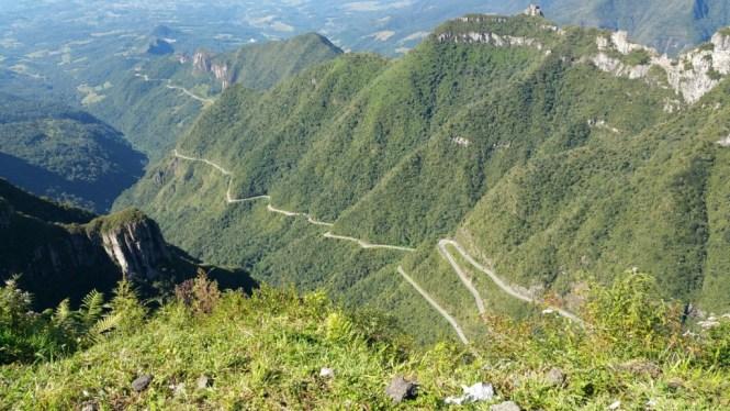 3 Mirante da Serra do Rio do Rastro - viajando em 3.. 2.. 1.. - vista da serra no mirante