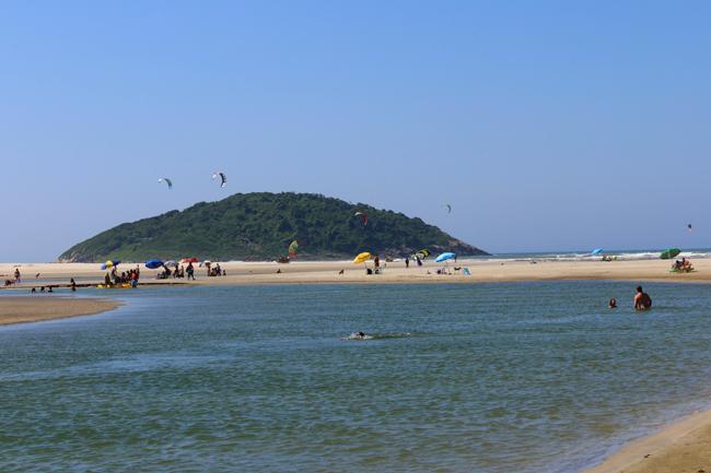 6-viajando-em-321-praias-para-conhecer-em-imbituba-santa-catarina-barra-de-ibiraquera