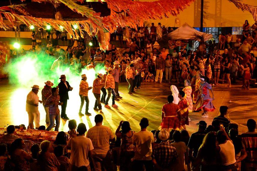 Quadrilha fiesta junina