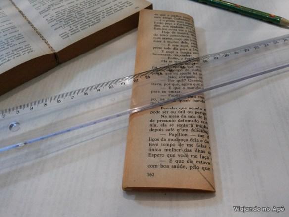 coraçao folha pagina de livro