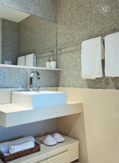 acabamento pastilhas meia parede banheiros decorados