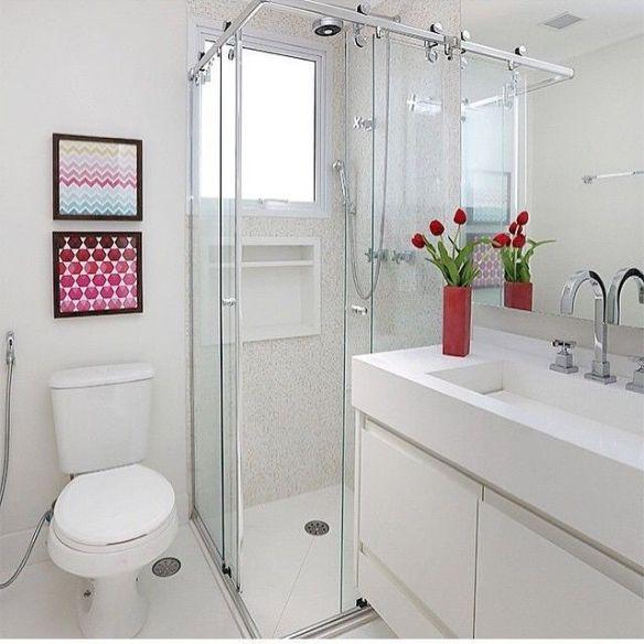 decoracao-banheiro-pequeno banheiro claro branco 2