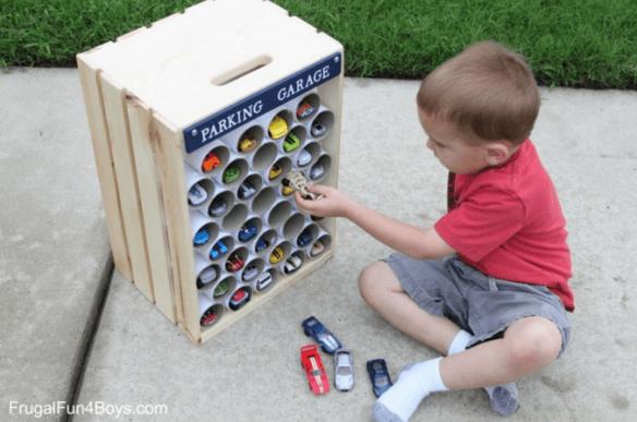 hot-wheels-carrinhos como guardar organizar brinquedos ideias criativas
