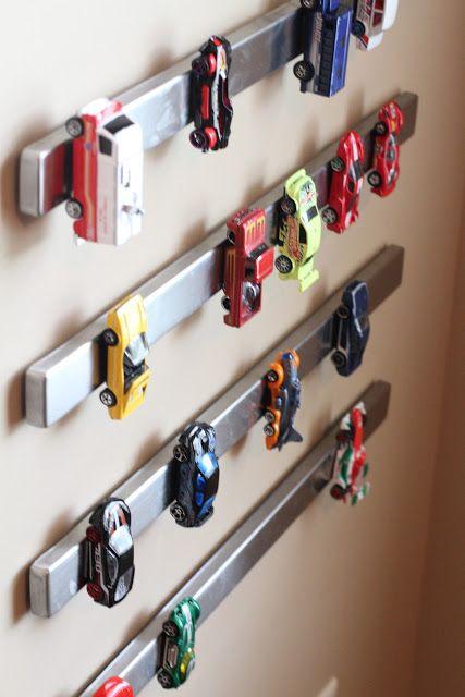 organizacao carrinhos miniaturas parede barras magneticas organizar brinquedos