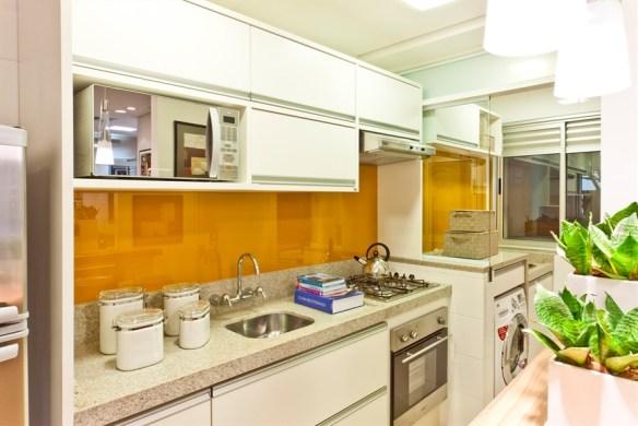 separar cozinha lavanderia area de servico vidro sobre mureta divisoria parcial cozinha