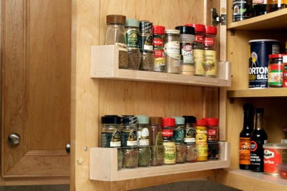 porta temperos atras da porta armario cozinha organizacao aproveitamento otimizacao espaco