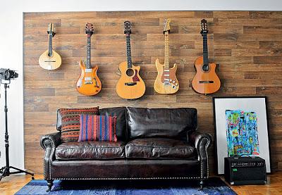 expor_coleçao_violao_guitarra