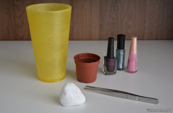 decoraçao pedra vaso com esmalte